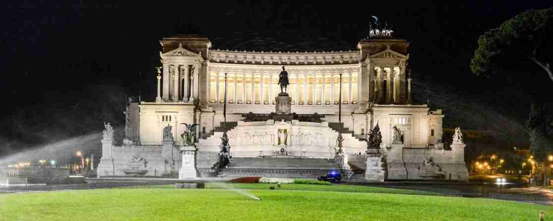"""""""Rome at Night Walking Tour"""""""